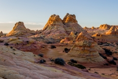 Buttes-landscape-at-sunrise-8a